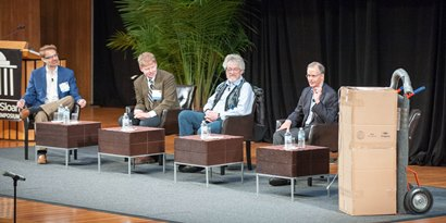 Profs. Brynjolfsson, Leonard, Pentland, Malone ponder the future in the box at 2014 MITCIO